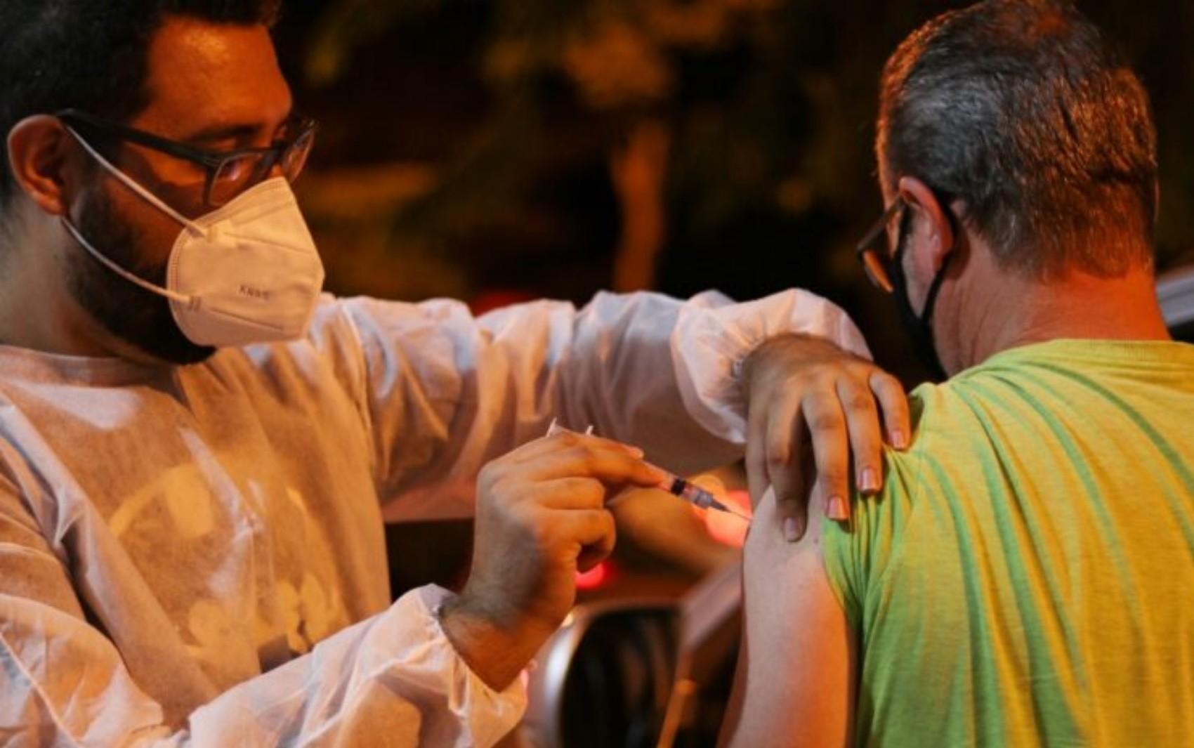 Goiânia retoma vacinação de 1ª dose contra a Covid-19 após chegada de vacinas