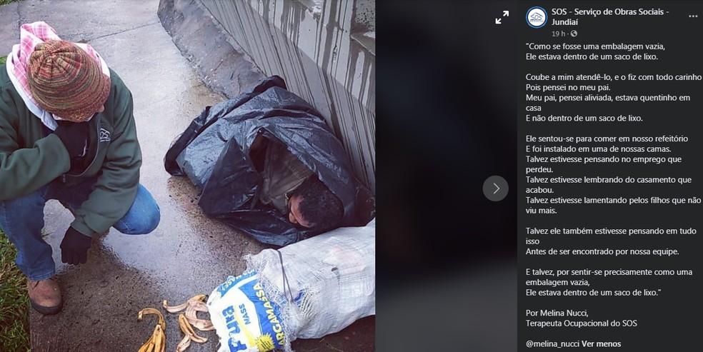 Homem é encontrado dentro de saco de lixo para se proteger da chuva — Foto: Facebook/Reprodução