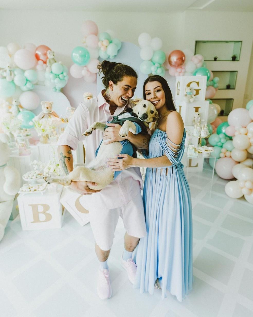 Whindersson Nunes e Maria Lina descobriram que esperavam um menino em março — Foto: Reprodução/Instagram/WhinderssonNunes
