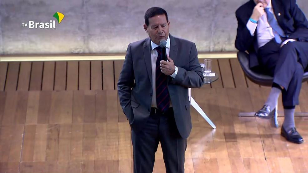 Hamilton Mourão defende reformas política, previdenciária e tributária em evento na FGV â?? Foto: Reprodução/TV Brasil