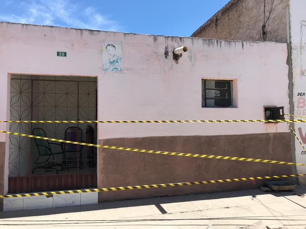 Casa de Adilson Azevedo, em Baraúna, onde o crime aconteceu — Foto: Artur Lira/TV Paraíba