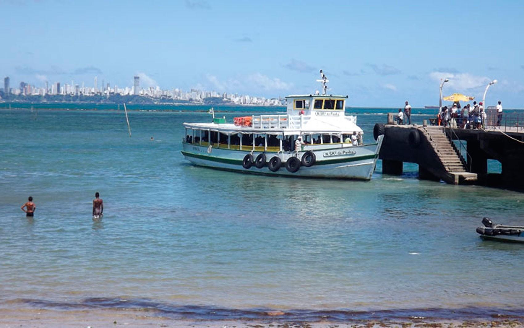 Travessia Salvador-Mar Grande faz parada de 1h30 por causa da maré baixa nesta segunda-feira