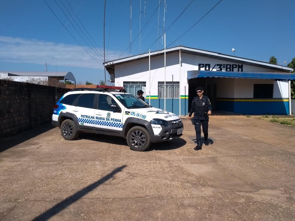 Patrulha tem policial feminina — Foto: Eliete Marques/G1
