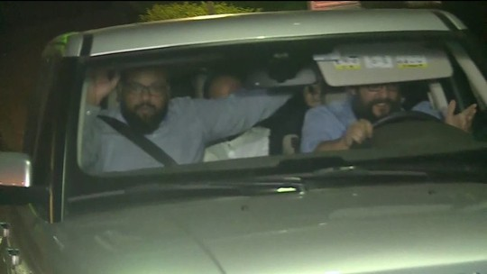 Joesley, Ricardo Saud e outros presos deixam sede da PF em SP
