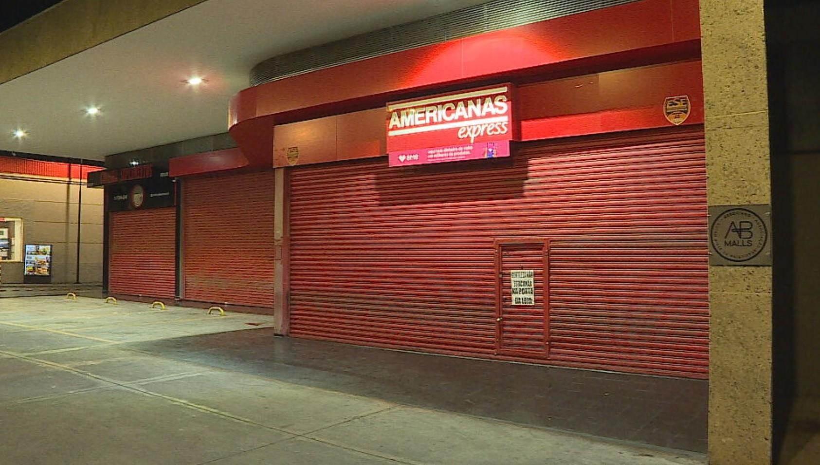 Polícia prende suspeitos de roubar loja de conveniência, em Belo Horizonte