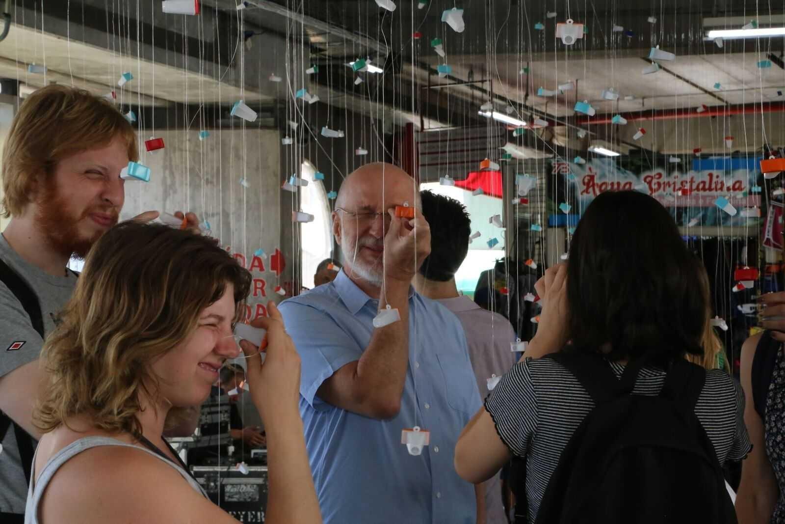 Exposição de pernambucano reúne histórias de lojistas em Porto Alegre - Noticias