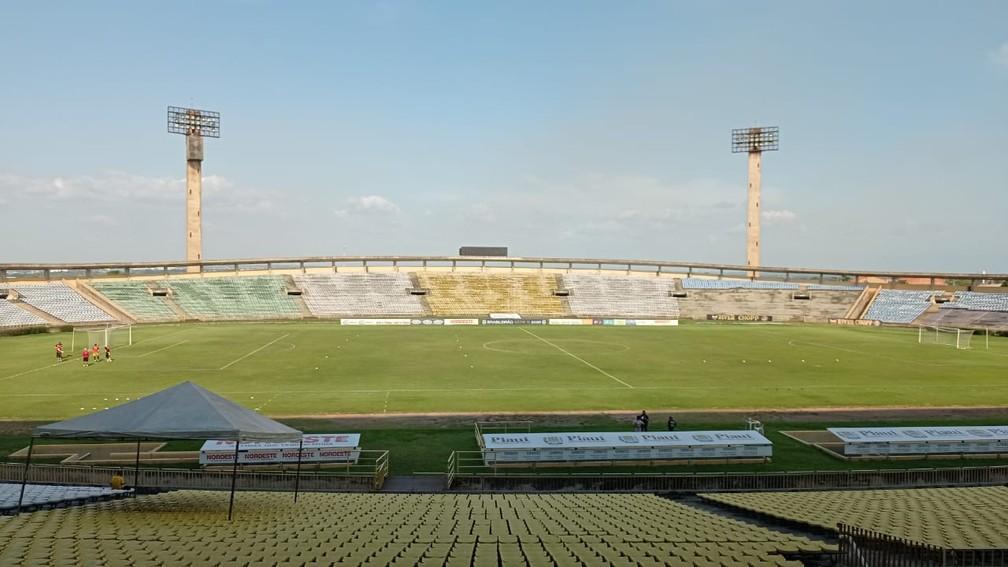 Estádio Albertão, Teresina  — Foto: Arthur Ribeiro/ge Piauí