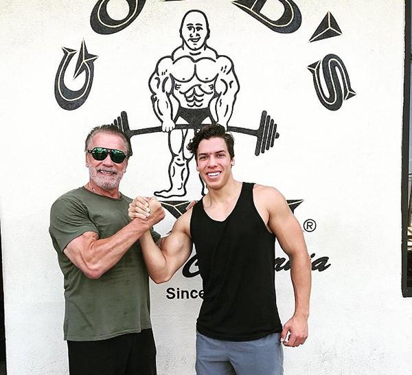 Arnold Schwarzenegger e Joseph Baena, (Foto: Instagram)
