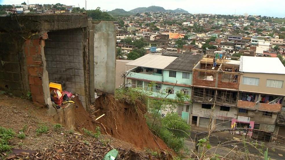 Espírito Santo tem muitos pontos de risco de desabamento em encostas — Foto: Reprodução/ TV Gazeta