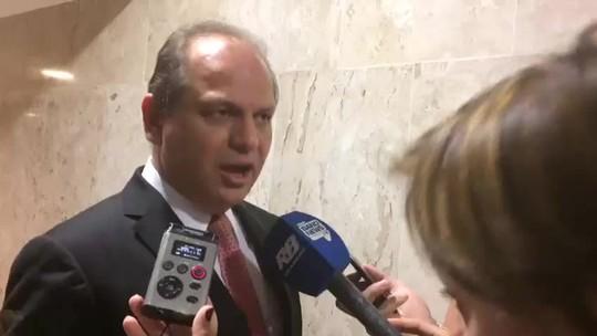 Ministro chama de 'inepta' e 'política' ação do MPF que pede que ele seja afastado do comando da Saúde