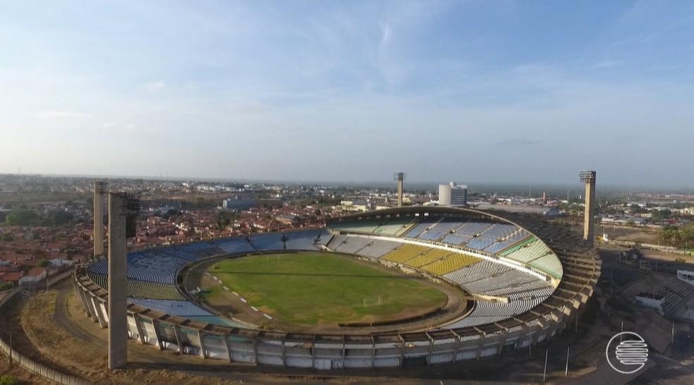 Estádio Albertão, em Teresina, recebe River x Fluminense — Foto: Magno Bonfim/TV Clube