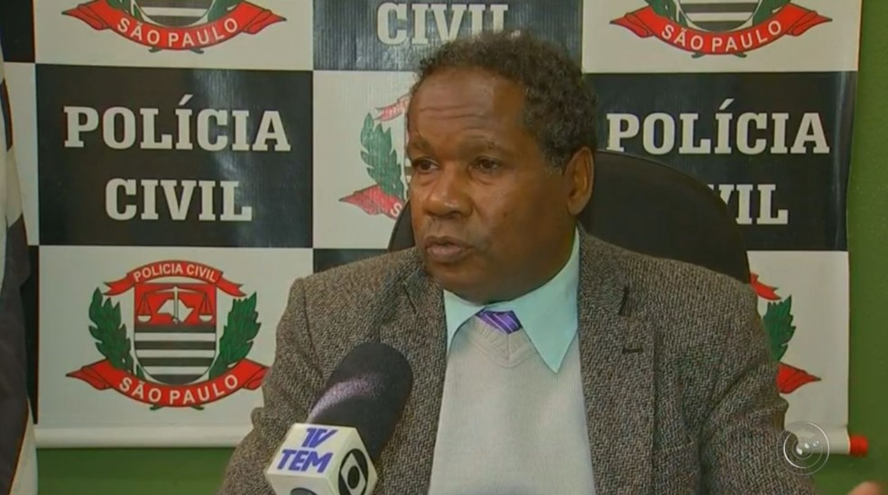 Delegado Lucio Barbosa de Ribeirão Branco investiga o caso (Foto: Reprodução/TV TEM)
