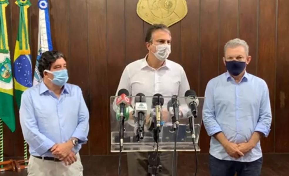 Camilo Santana anunciou nesta quinta-feira (21) às medidas para combater a proliferação do novo coronavírus no Estado. — Foto: Reprodução