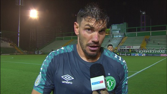 """Sincero, João Ricardo joga a toalha: """"O torcedor da Chape tem que se acostumar a jogar uma Série B"""""""