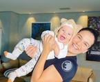 Kyra Gracie com o filho, Rayan | Reprodução
