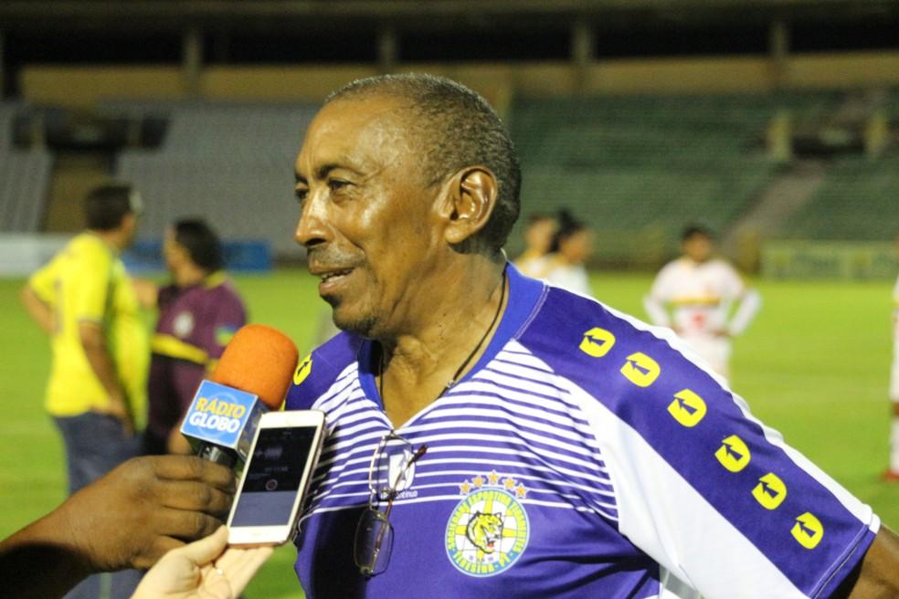 Toinho recolhece falhas de Valéria e enaltece vitória do grupo (Foto: Stephanie Pacheco/GloboEsporte.com)