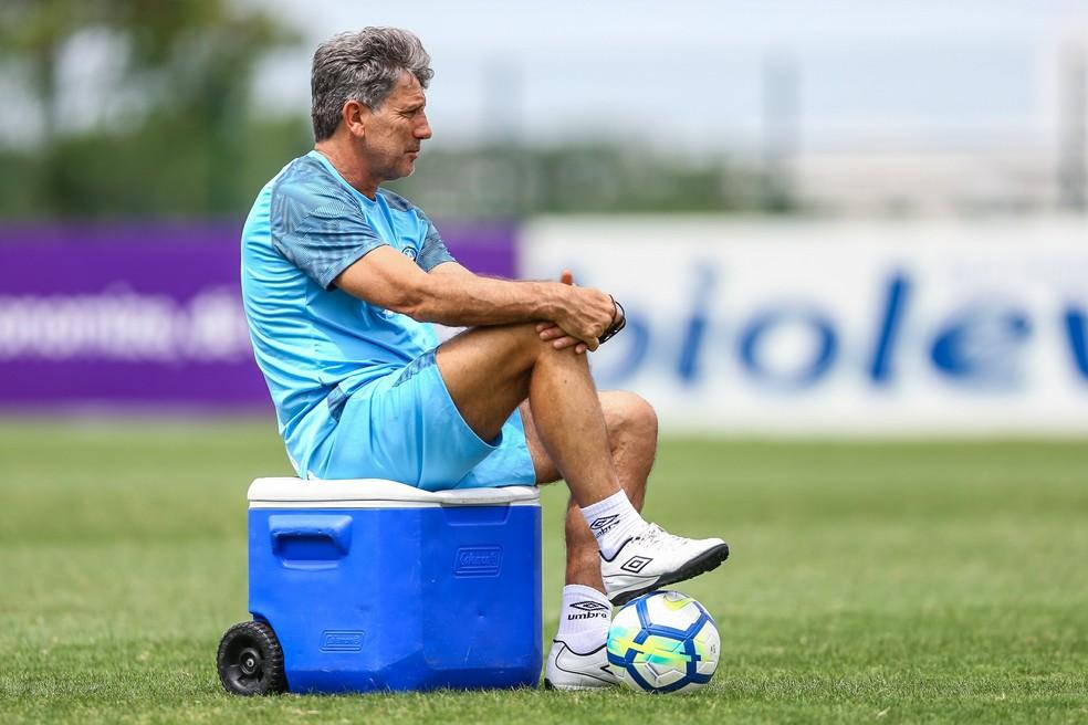 Renato Gaúcho voltará às atividades no Grêmio em uma semana — Foto: Lucas Uebel/Grêmio FBPA