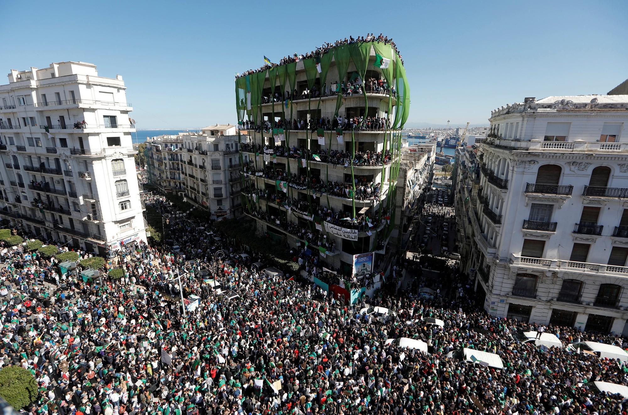 Quais os riscos de a 'Primavera Árabe 2.0' fracassar na Argélia e no Sudão?