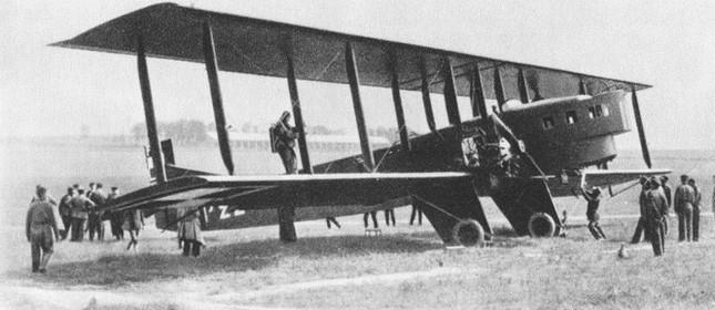 Farman Goliath - primeiro avião de passageiros com voos regulares