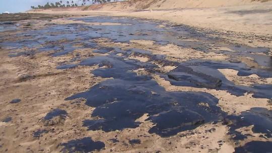 Sobe para 150 o número de pontos do litoral nordestino atingidos por óleo