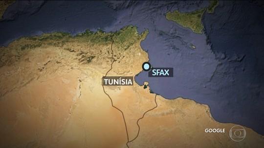 70 morrem em naufrágio de bote inflável na costa da Tunísia