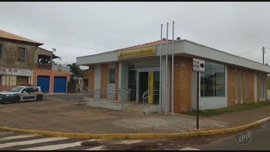 Quadrilhas armadas assaltam duas agências bancárias em cidades do Sul de Minas