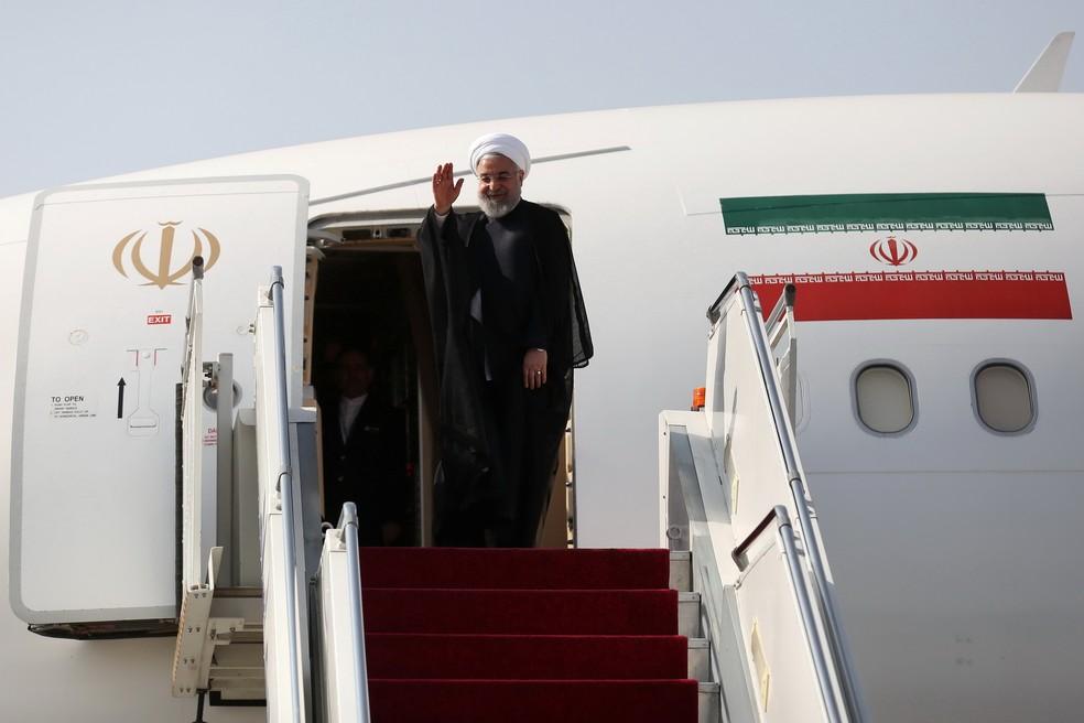 O presidente do Irã, Hassan Rohani, ao embarcar rumo a Nova York para a Assembleia da ONU — Foto: Official Iranian President website/Handout via Reuters