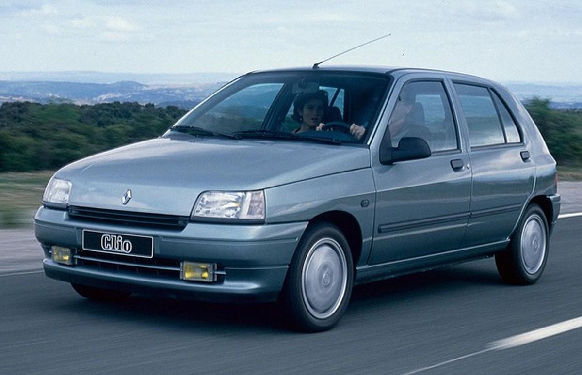 Primeiro Gol De Zidane No Profissional Lhe Valeu Um Renault Clio Assista Carros Autoesporte