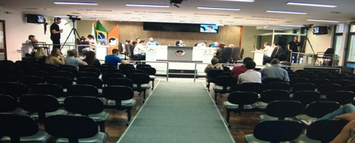 Câmara conclui relatório da CPI da Copasa em Divinópolis