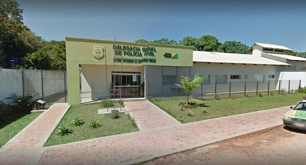 Idoso foi preso pela Polícia Civil de Feijó suspeito de abusar sexualmente de criança de três anos — Foto: Reprodução/Google Street View