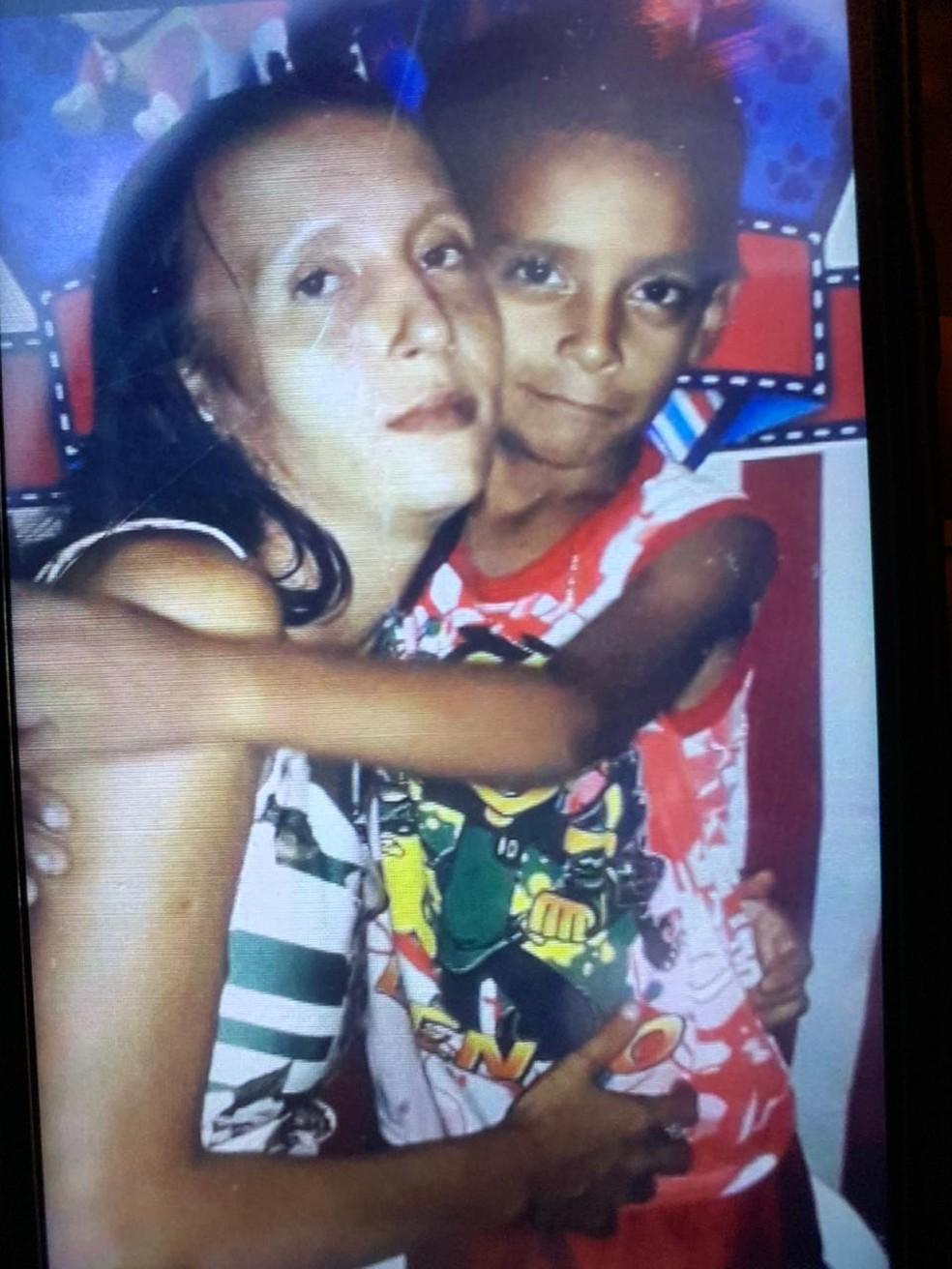 Fabiana e Gustavo foram mortos em um loteamento de Porto Velho.  — Foto: Reprodução/Arquivo pessoal
