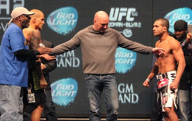 Diego Brandão encarada UFC Las Vegas (Foto: Evelyn Rodrigues)