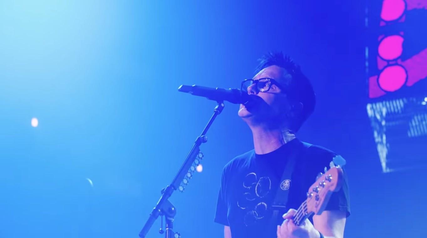 Mark Hoppus, do Blink-182, revela que está com câncer: 'Tentando me manter com esperança'