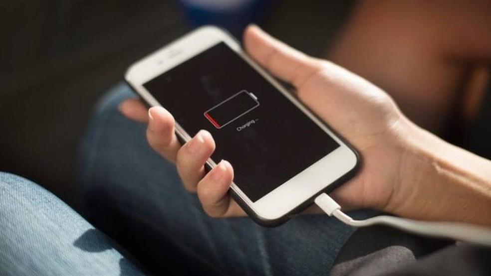 Cuidados com os celulares — Foto: Divulgação/Equatorial