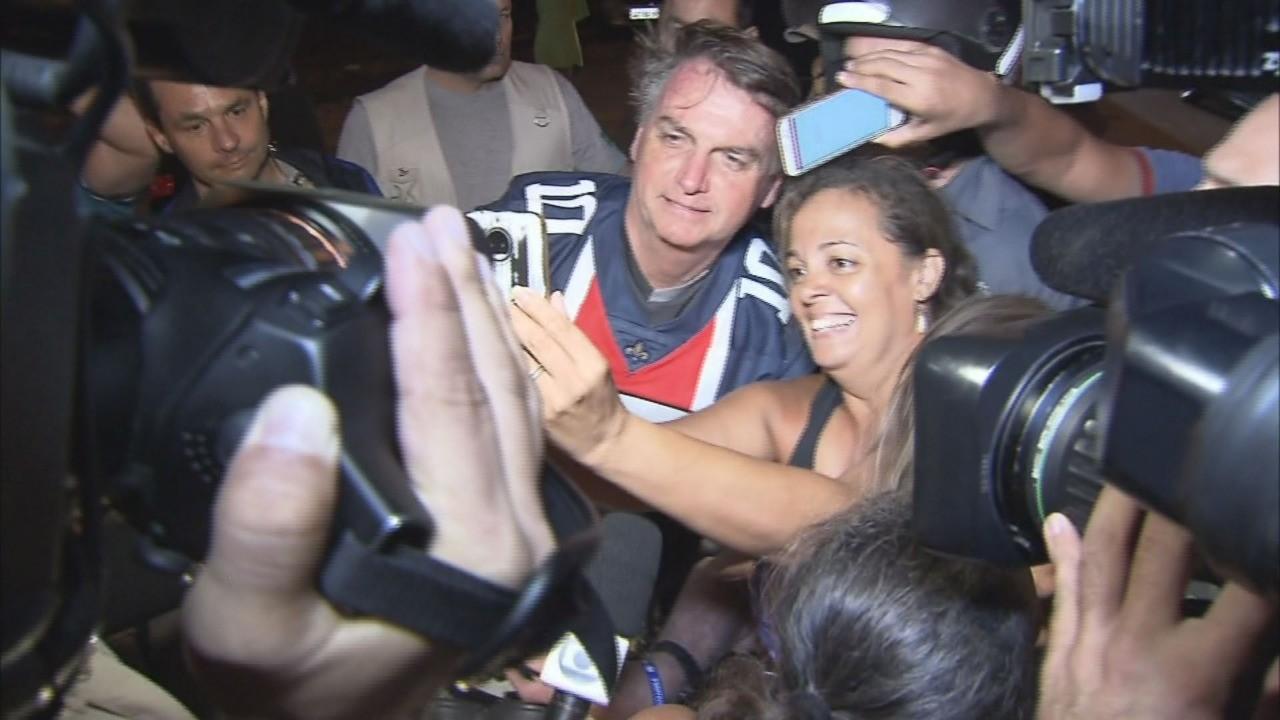 Bolsonaro faz passeio de moto pelo litoral de São Paulo - Noticias