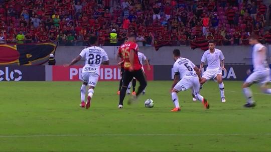 Análise: opção com o 9 agrada, mas não deve ser rotina no Corinthians até a Copa