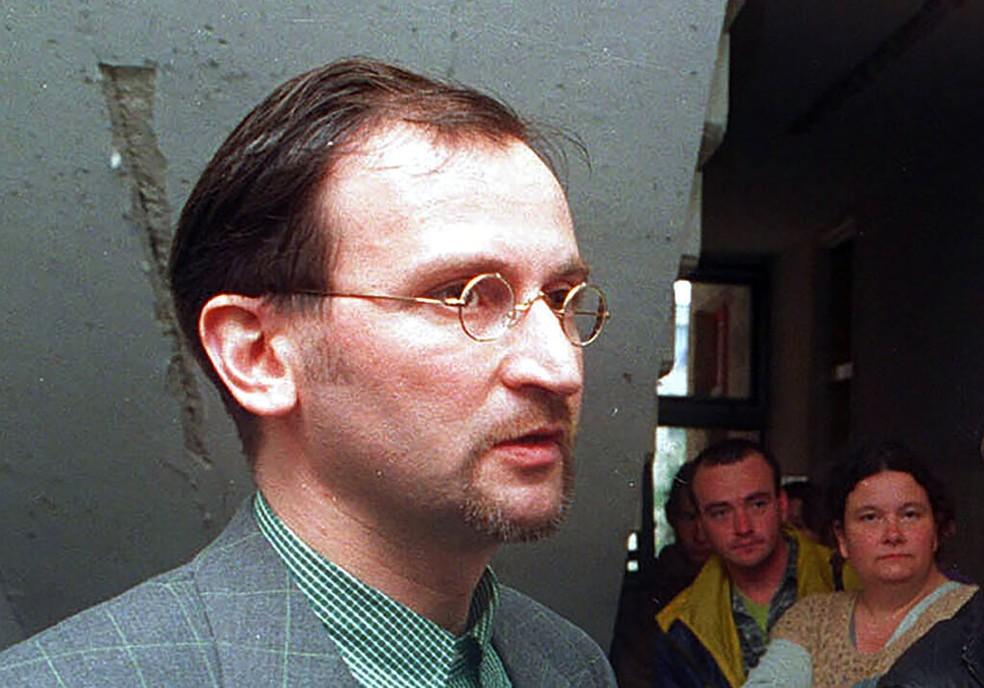 Deputado húngaro Jozsef Szajer em foto de 1998 — Foto: Tibor Rozsahegyi/Arquivo/AP Photo