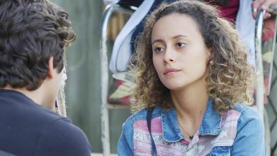 Maria Alice manda real para Alex: 'Não é melhor a gente terminar?'