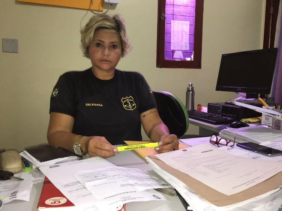 Delegada Luiza Maia, da 2ª DP de Santana (Foto: Adevaldo Cunha/Rede Amazônica)