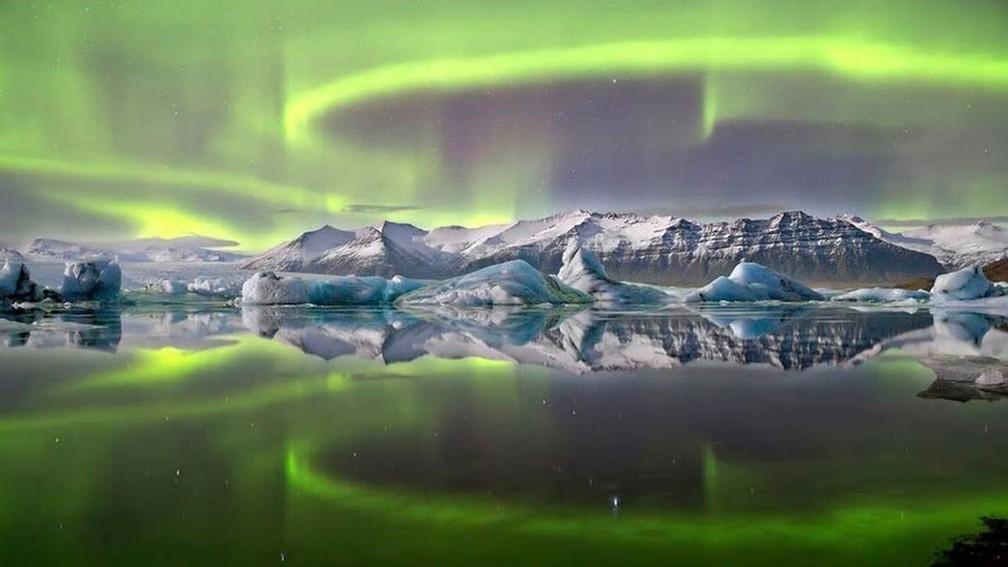 No hemisfério norte, a aurora polar é chamada