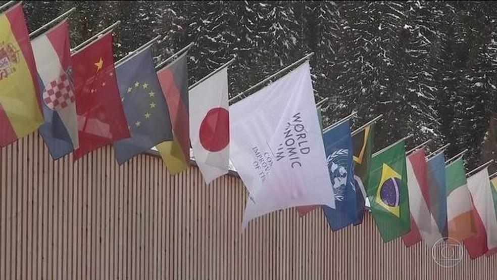 Brasil caiu uma posição no ranking de desenvolvimento dos países — Foto: Reprodução/JN