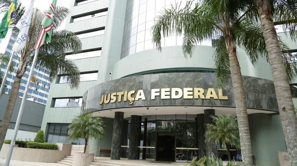 Justiça Federal condenou sete pessoas em processo da operação Carne Fraca  — Foto: Giuliano Gomes/PR Press