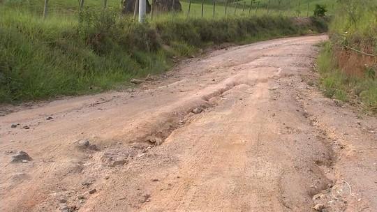 Condições de estradas rurais alteram a rotina de moradores em Votorantim