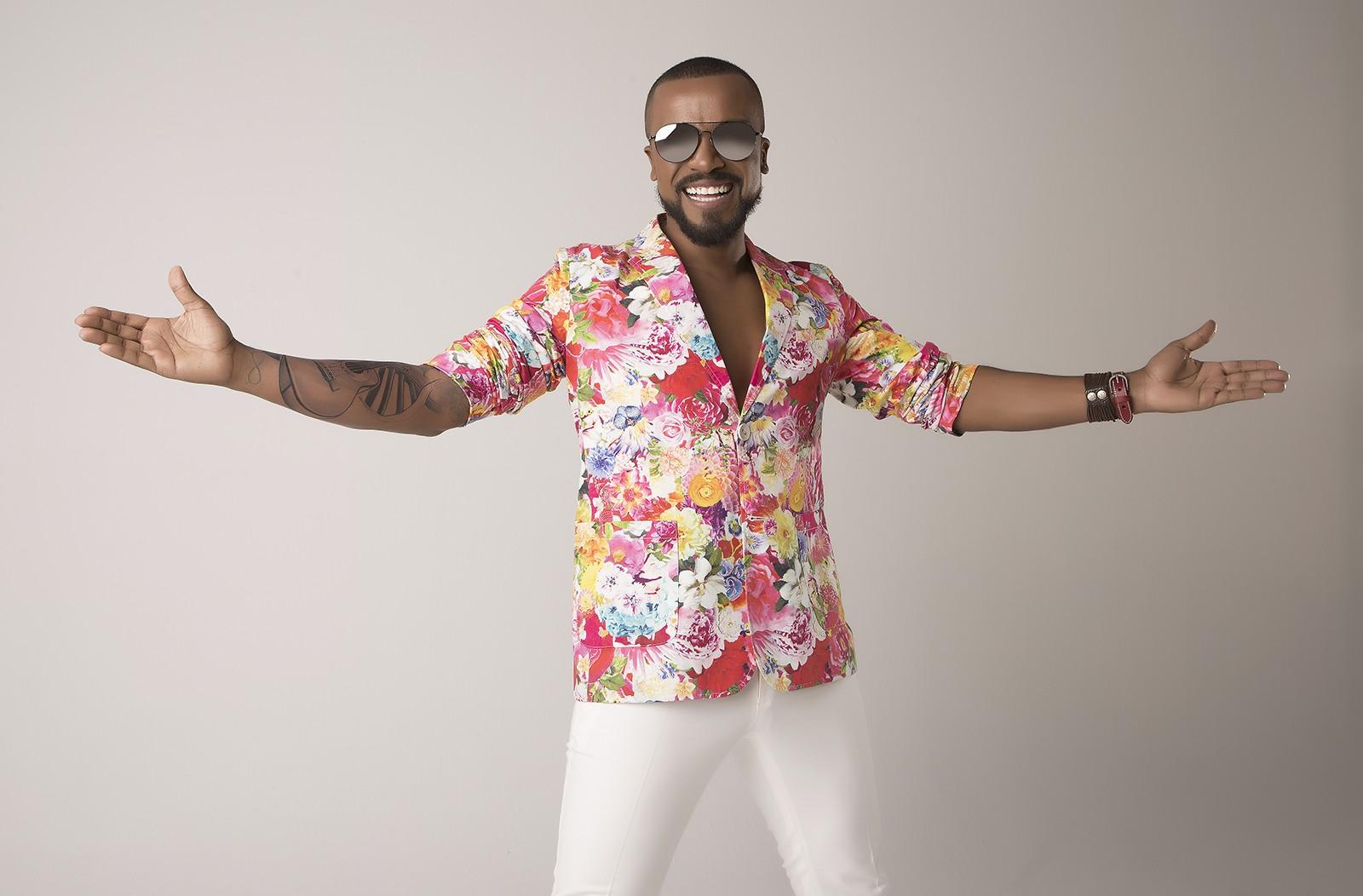 Alexandre Pires prolonga 'Baile do nêgo véio' com segundo álbum ao vivo - Notícias - Plantão Diário