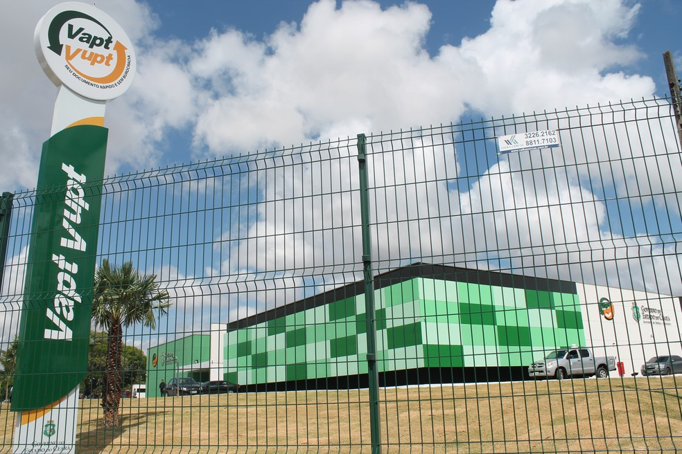 Nas unidades do Vapt Vupt são ofertados serviços de emissão de documentos, como CPF, RG e outros — Foto: Governo do Estado do Ceará