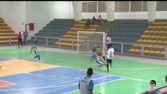 Atual campeão, JES estreia com goleada no Campeonato Piauiense de futsal; assista aos gols