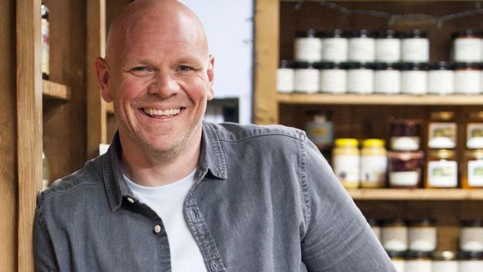 Os restaurantes de Tom Kerridge são reconhecidos no guia Michelin — Foto: BBC