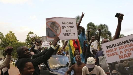 Foto: (Tsvangirayi Mukwazhi/AP)