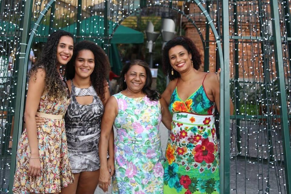 Anielle, Luyara (filha de Marielle), Marinete e Marielle Franco (Foto: Divulgação)
