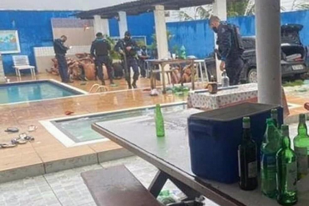 Polícia encerra festa de facção criminosa em meio à pandemia de coronavírus no Ceará — Foto: PMCE/Divulgação